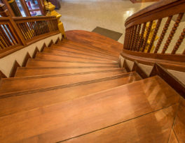 Benefits of Hiring Professional Hardwood Flooring Experts