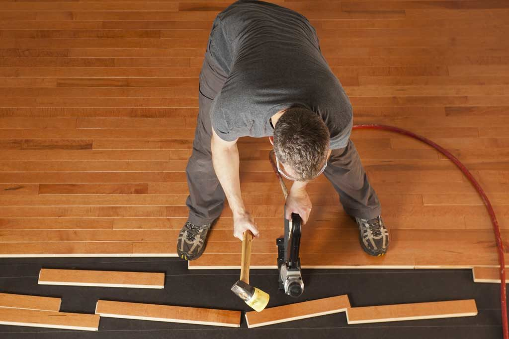 Hardwood-Floor-Installation-2_1024X683